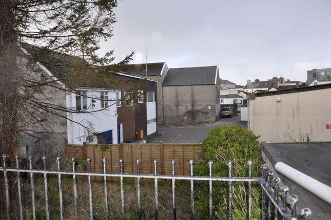 Thumbnail Flat to rent in Queen Street, Barnstaple