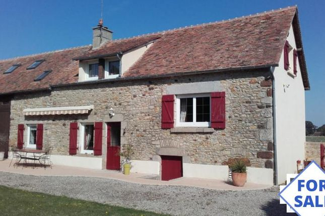Thumbnail Property for sale in Conde-Sur-Sarthe, Basse-Normandie, 61250, France