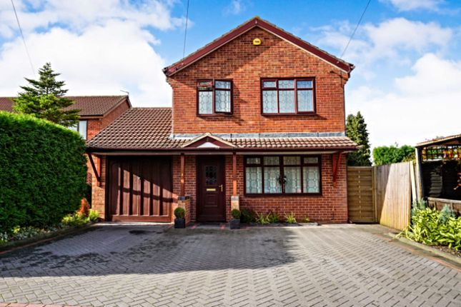 Detached house in  Bramble Close  Walsall  Birmingham