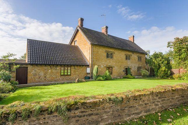 Thumbnail Farmhouse for sale in Main Street, Mollington, Banbury
