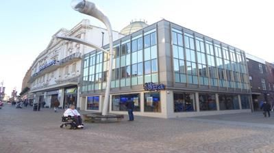 Office to let in First/Second Floor Offices, 81C Church Street, Blackpool