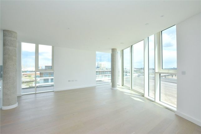 Picture No. 23 of Wyndham Apartments, 60 River Gardens Walk, Greenwich, London SE10