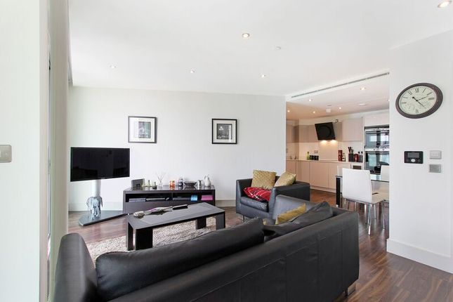 Thumbnail Flat to rent in Alie Street, Whitechapel