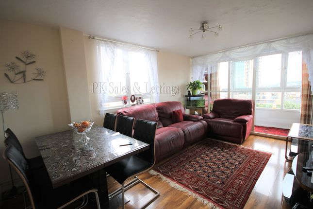 Robert Street Plumstead Se18 3 Bedroom Flat To Rent