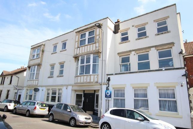 Thumbnail Flat to rent in Portview Road, Avonmouth, Bristol