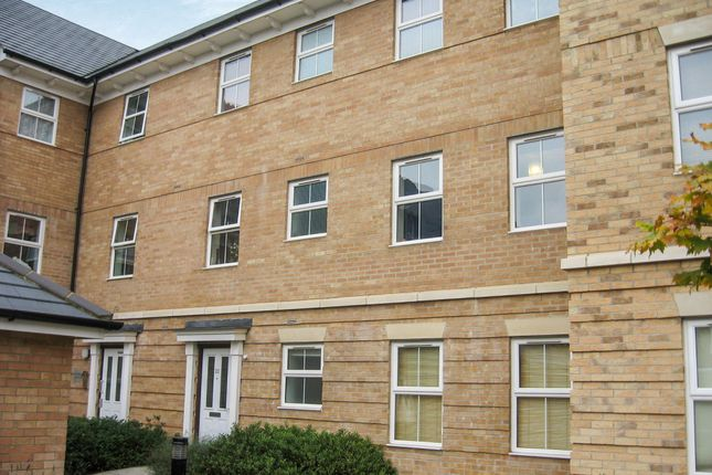 Thumbnail Flat for sale in Falcon Mews, Stanbridge Road, Leighton Buzzard