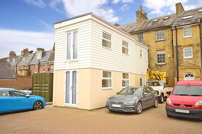 Thumbnail Semi-detached house to rent in High Street, Tonbridge