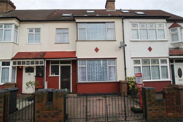 Thumbnail Terraced house for sale in Brook Crescent, London