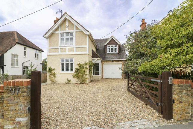 Thumbnail Detached house for sale in Chertsey Road, Windlesham