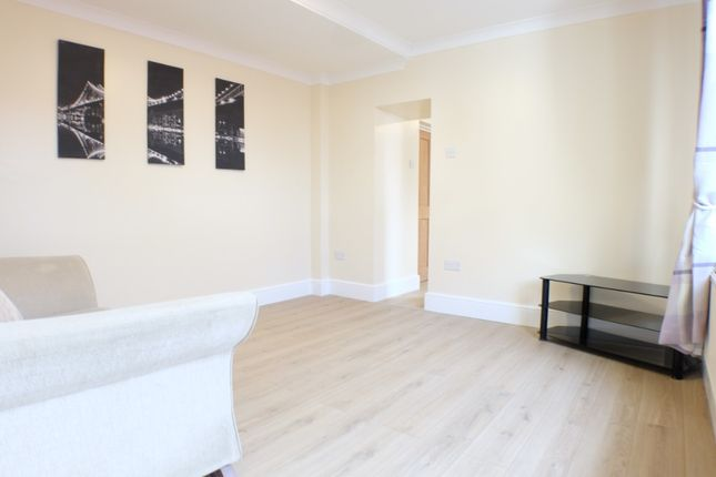 Thumbnail Flat to rent in Roberts Street, Manselton, Swansea