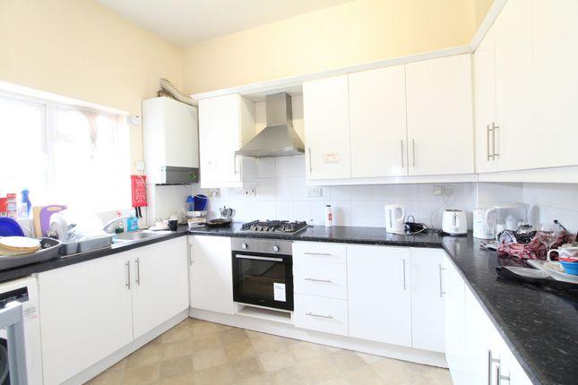 Thumbnail Flat to rent in Surbiton Road, Kingston Upon Thames, Surrey