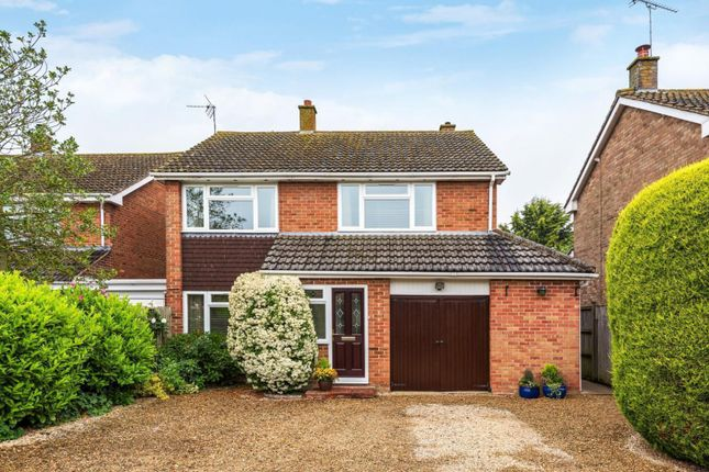 Thumbnail Detached house for sale in Chiltern Crescent, Wallingford