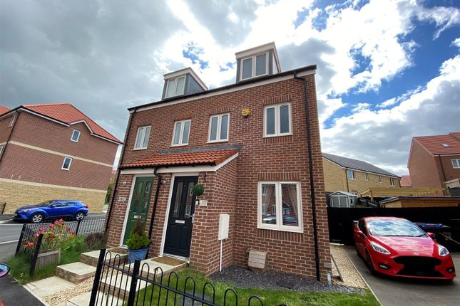 Property for sale in Ramsay Road, Calne SN11