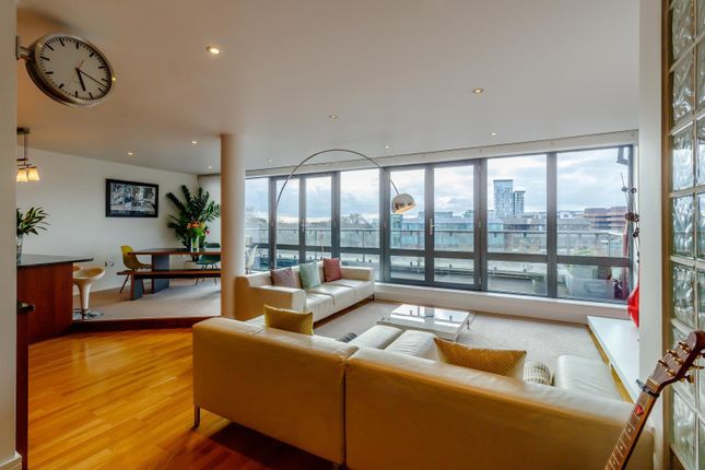 Thumbnail Flat to rent in Gideon Mews, St. Mary's Road, London