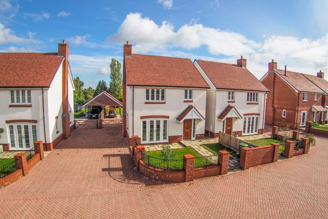 Thumbnail Detached house for sale in Crows Lane, Upper Farringdon, Hampshire