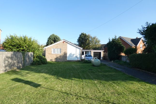 Thumbnail Detached bungalow to rent in High Street, Houghton Conquest, Bedford