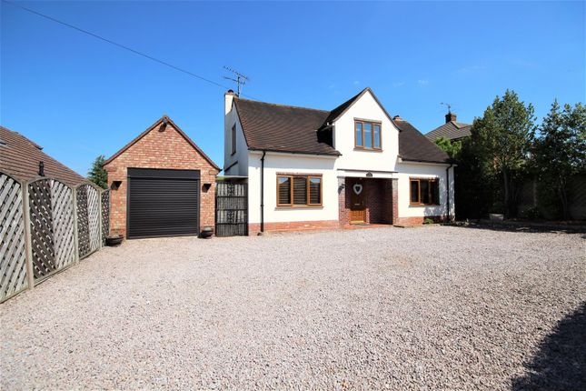 Thumbnail Detached house for sale in Longfield Road, Twyford, Reading
