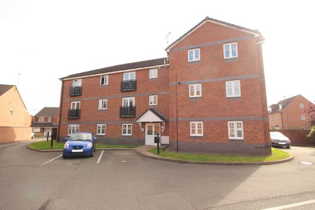 2 bed flat to rent in Welland Road, Hilton DE65