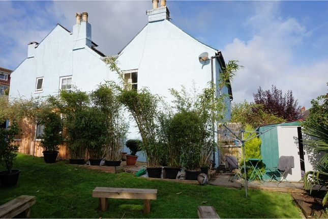 Thumbnail Flat for sale in Moat Hill, Totnes