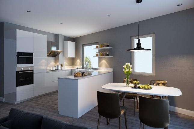 Thumbnail Flat for sale in Grove Vale, London