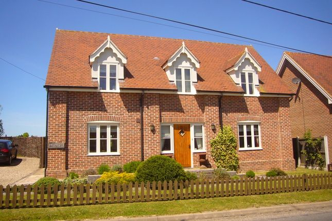 Thumbnail Detached house to rent in Swan Street, Colchester, Essex
