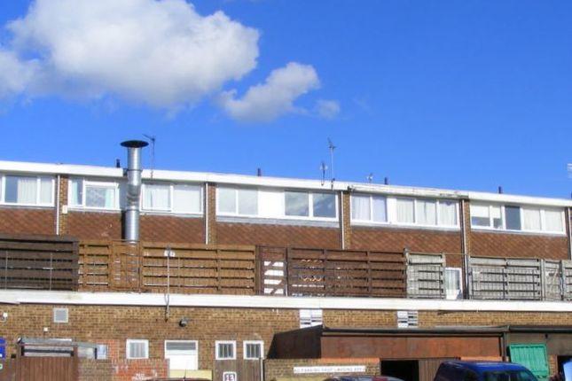 Thumbnail Flat to rent in Jansel Square, Aylesbury