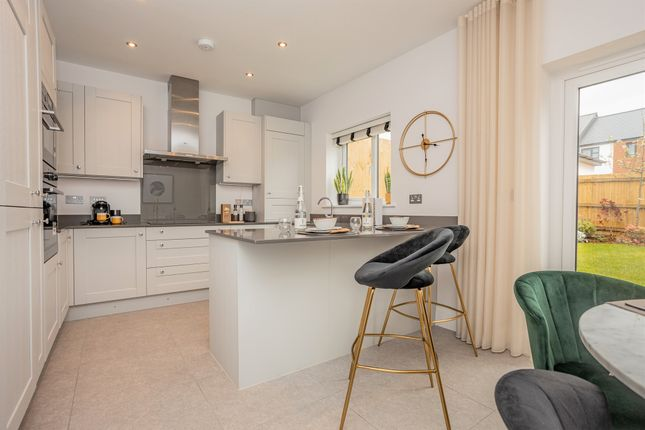 Thumbnail Semi-detached house for sale in Pinhoe, Exeter