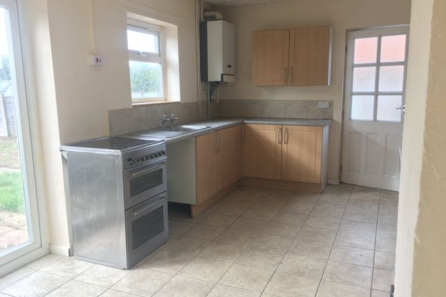 3 bed property to rent in Le Strange Avenue, King's Lynn PE30
