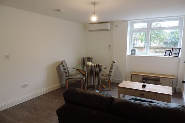 Thumbnail Flat to rent in Flat 16, Lincoln Road, Peterborough.