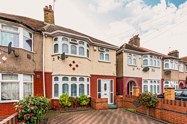 Semi-detached house for sale in Barrack Road Off Staines Road, Hounslow