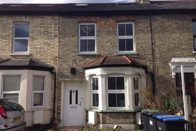 Thumbnail Terraced house to rent in Queens Road, Edmonton