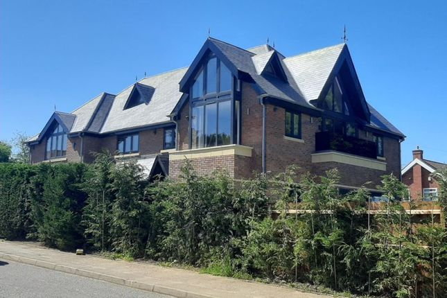 Thumbnail Detached house for sale in Highgrove Gardens, Edwalton, Nottingham