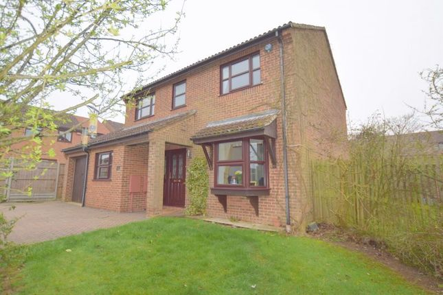 Thumbnail Detached house for sale in Hatchlands, Great Holm, Milton Keynes