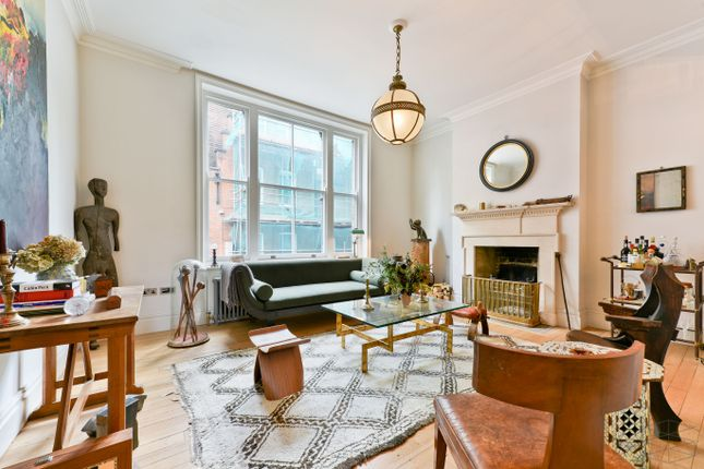 Thumbnail Terraced house to rent in Hanbury Street, London