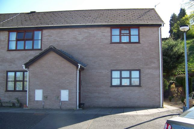 2 bed flat to rent in Oakwood Close, Builth Wells LD2