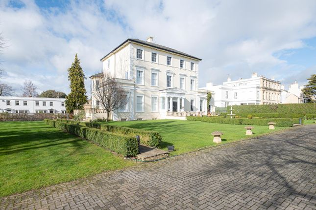 Thumbnail Flat for sale in Stratford House, Suffolk Square, Cheltenham, Gloucestershire