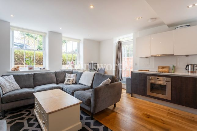 1 bed flat for sale in Prytaneum Court, 251 Green Lanes, London N13