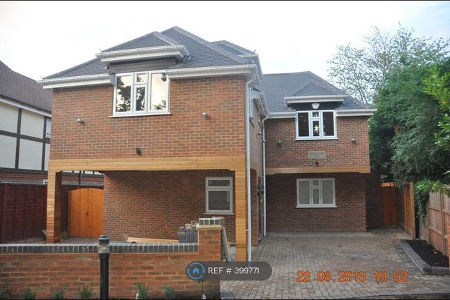 Thumbnail Detached house to rent in Richings Place, Iver