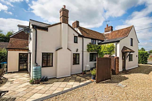 Thumbnail Cottage for sale in High Street North, Stewkley, Leighton Buzzard