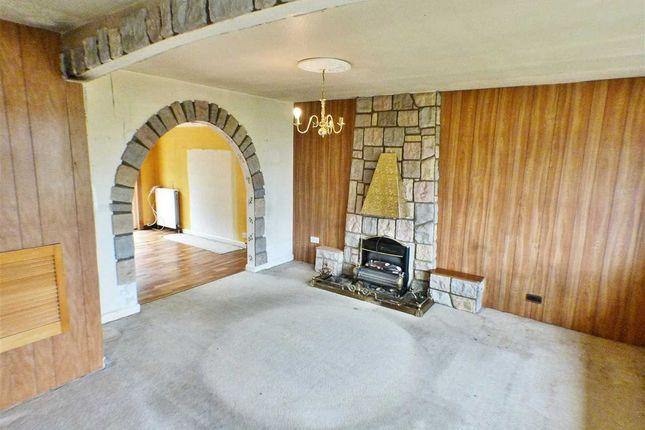 Lounge (3) of Tay Grove, Mossneuk, East Kilbride G75