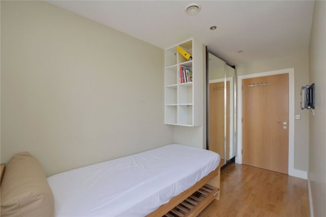 Picture No. 13 of Jubilee Court, 20 Victoria Parade, London SE10