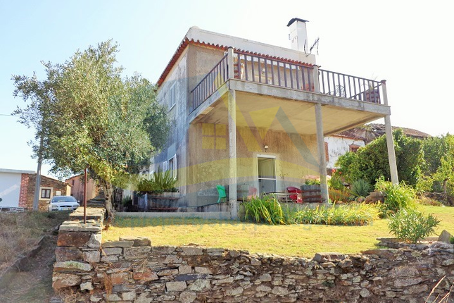 Thumbnail Detached house for sale in Góis (Parish), Góis, Coimbra, Central Portugal
