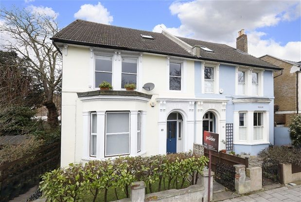 Thumbnail Flat for sale in Maberley Road, London