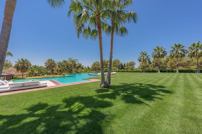 Thumbnail Villa for sale in La Quinta De Sierra Blanca, Sierra Blanca, Marbella