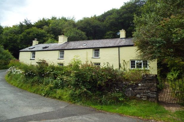 Thumbnail Cottage to rent in Crafnant Road, Trefriw