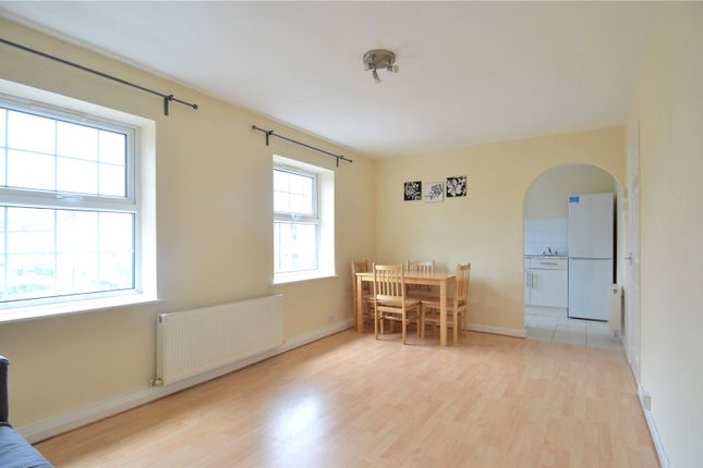 1 bed flat to rent in Vicarage Court, 13 Inverton Road, London SE15