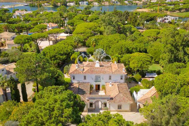Thumbnail Villa for sale in Quinta Do Lago, Almancil, Algarve