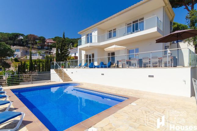 Thumbnail Villa for sale in Serra Brava, Lloret De Mar, Costa Brava, Catalonia, Spain