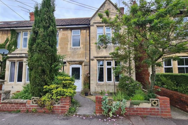 3 bed semi-detached house for sale in Lowden Avenue, Chippenham SN15