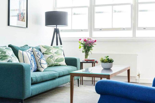 Flat to rent in Sussex Gardens, Paddington